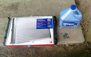 Чем заделать дырку в радиаторе автомобиля