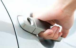 Почему дверь машины бьет током